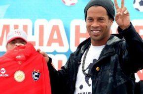 Cienciano con Ronaldinho vs Sporting Cristal en vivo y Directo por Gol Perú Amistoso (Domingo 26 Junio 2016)